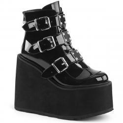 Bottines low boots gothique noires vernis triple boucles femme