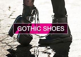 chaussures gothique homme femme , à clous, à chaines, grosses semelles compensées, boucles et rivets